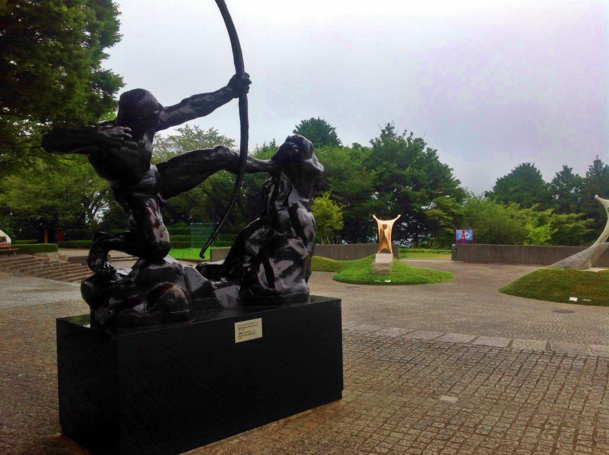 Une centaine de sculptures, contemporaines d'artistes japonais et occidentaux, s'étalent sur une superficie de 70 000 m2. /photo JDL