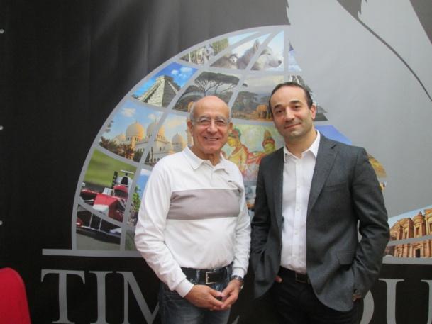 Jacky et Bruno Berrebi, profession groupiste. Ici dans leurs bureaux devant leur affiche.