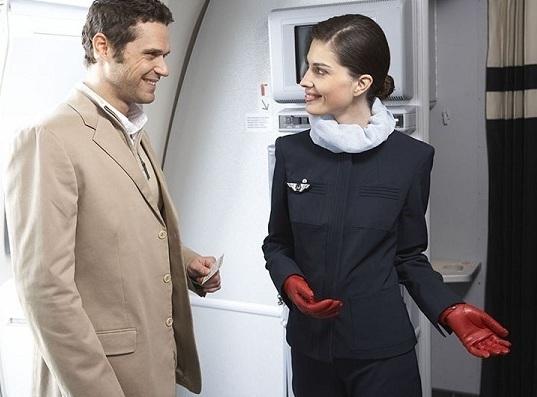 Si les femmes sont minoritaires dans le transport aérien, elles sont largement majoritaire pour le personnel navigant commercial - Photo Air France