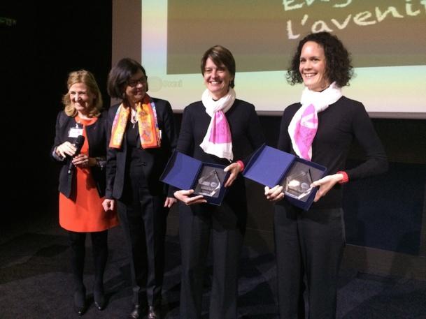 Solen Kerleroux et Angelique Blanchard les gagnantes du trophée Roses des Sables 2014. DR-Dominique Gobert.