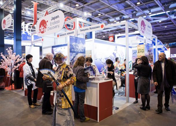 Le Salon Mondial du Tourisme sera organisé en espaces thématiques. Deux nouvelles zones feront l'apparition en 2015 : City breaks et Innovations & Tendances - Photos SMT
