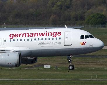 Crash Germanwings : aucune piste ne peut être écartée, selon le BEA (Live)
