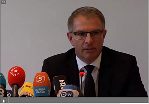 Crash Germanwings : la conférence de presse en LIVE de Lufthansa