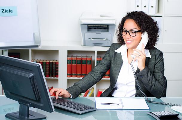 Le commercial responsable d'acquisition grands comptes est chargé de prospecter et acquérir de nouveaux clients - © Picture-Factory - Fotolia.com