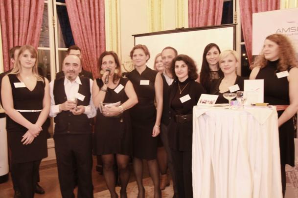 Une partie de l'équipe Amslav autour du patron Trantisek Novotny et Adela Ghaisova (avec le micro).