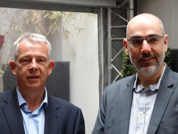 Oliver KLUTH (à gauche), directeur des ventes Caraïbes, Mexique et Ile Maurice et Peter HAHN, responsable de développement France et Belgique. Bises - Photo JBH