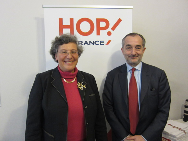 Hélène Abraham et Lionel Guérin ont présenté la nouvelle offre commerciale Hop ! France à Lyon. DR-LAC