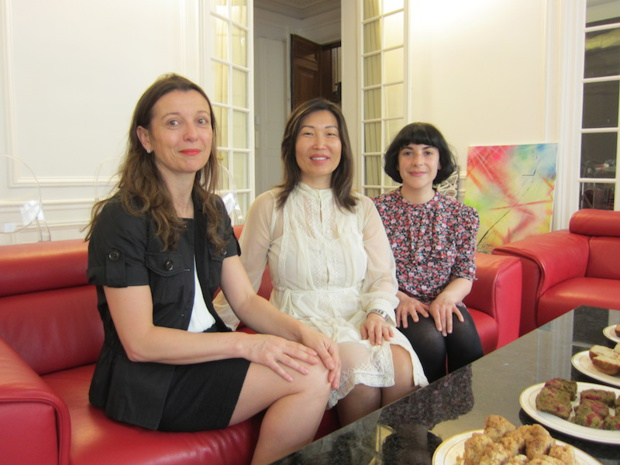 L'équipe de Gîtes de France accompagnée par la propriétaire de l'une des superbes adresses parisiennes de l'association - DR : LAC