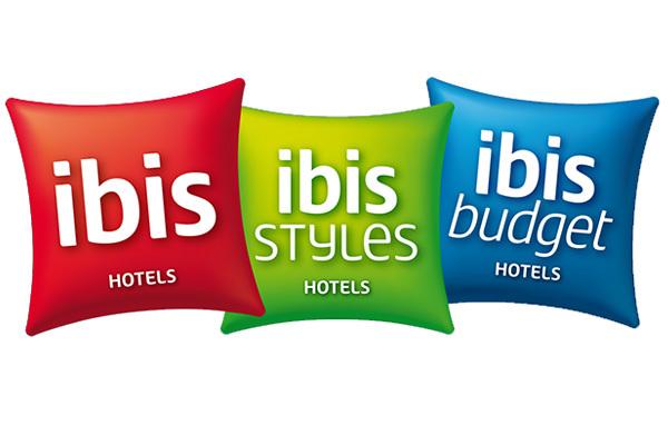 """Les trente nouveaux Ibis (2 rouge, 21 Styles et 7 Budget) qui ouvriront en France en 2015 devraient tous être équipés du concept """"Sweet room"""" et du déjà fameux """"sweet bed"""" - DR"""