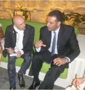Nayef AL-FAYEZ en interview avec un journaliste de la délégation française - DR : Jordan Tourism Board