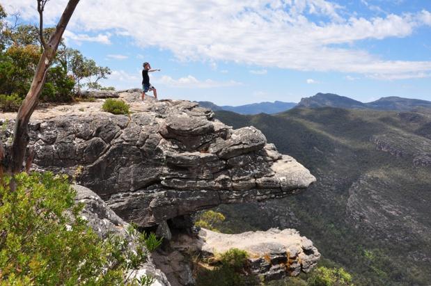 Olivier Caillaud dans les montagnes australiennes lors de son voyage de repérages début 2015. DR Olivier Caillaud.