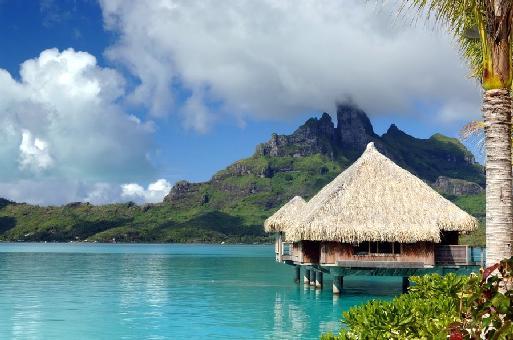 (cliquer pour agrandir) Saint Regis de Bora Bora : le « must » polynésien