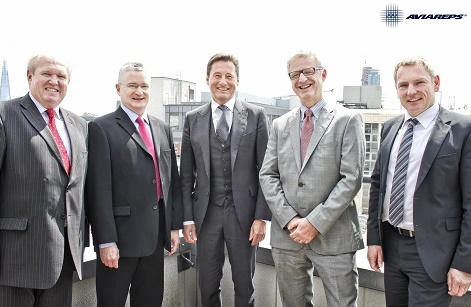 De gauche à droite: Robin Dobson (Aviareps PLC), Bill Roff (Aviareps PLC), Michael Gaebler (CEO Aviareps), Robert Keysselitz (MD Aviareps), Edgar Lacker (CEO & EVP Europe Aviareps) - DR : Aviareps