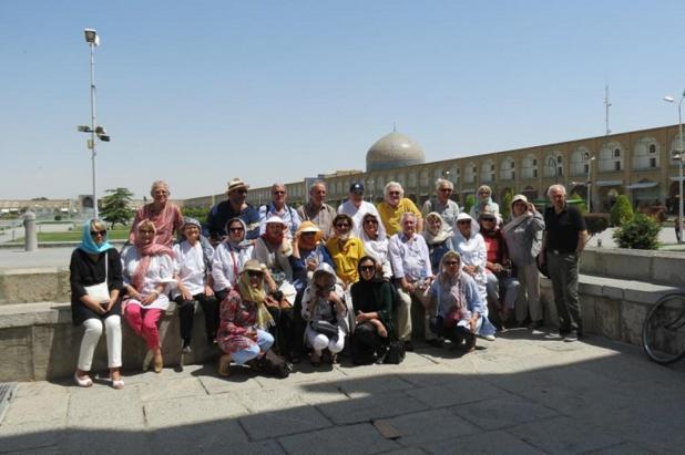 Le Groupe à Ispahan - Photo AFST