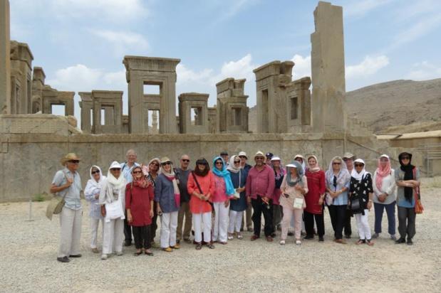 Le groupe à Persepolis - Photo AFST