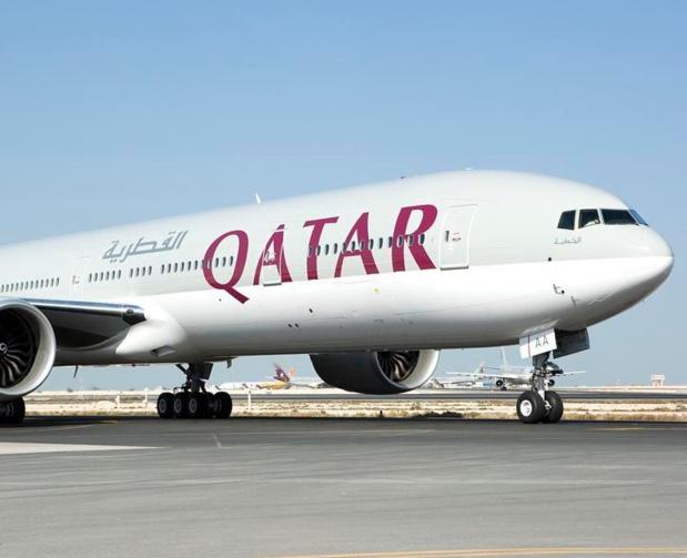 Le bon Président Hollande, notre chef de la France, a remis à Akbar al-Baker, PDG de Qatar Airways, la Croix d'Officier de la Légion d'honneur.Tant qu'on y est on pourrait aussi décorer James Hogan, le patron d'Etihad, concurrente de Qatar Airways. Parce que, après tout, c'est Etihad qui semble vouloir donner un coup de main à notre Air France - DR