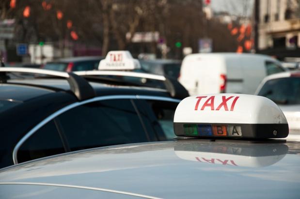 Le service UberPop est fortement décrié par les taxis - © pixarno