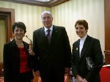 de gauche à droite Anna Iliokratidou, Dis Paloyanni, directeur général de Protour et Marie Koliadi (Rodos Tourism organisation)