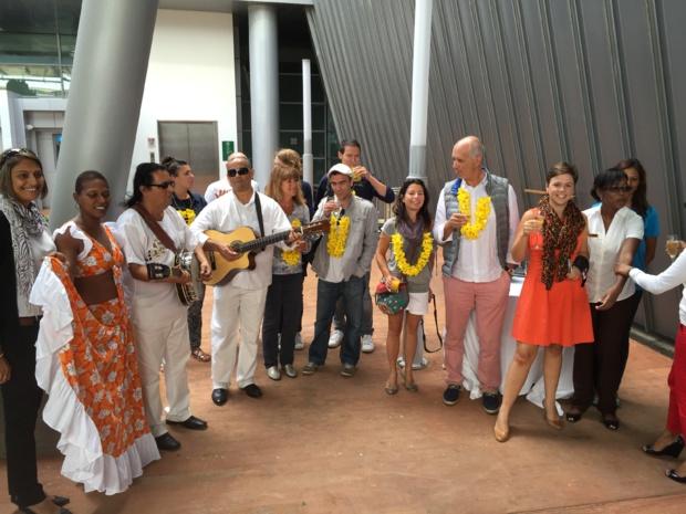 Les participants accueillis en VIP à l'aéroport international Sir Seewoosagur Ramgoolam /photo Jdl