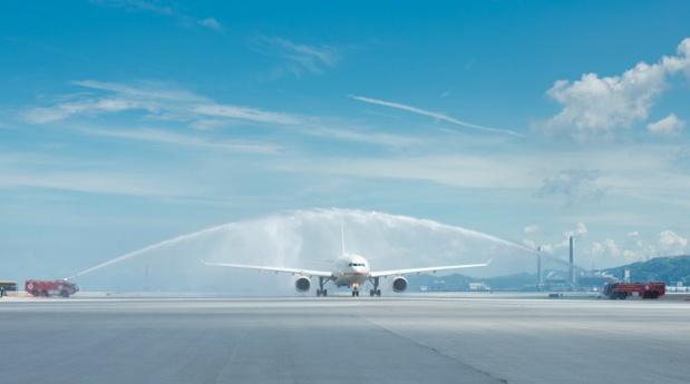 L'avion d'Etihad Airways à son arrivée à Hong Kong - DR : Etihad Airways
