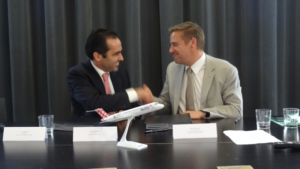La convention a été signée aujourd'hui entre Carlos Muñoz, Fondateur et Président Directeur Général de Volotea, Fabrice Roussel, Président du Voyage à Nantes - Photo DR