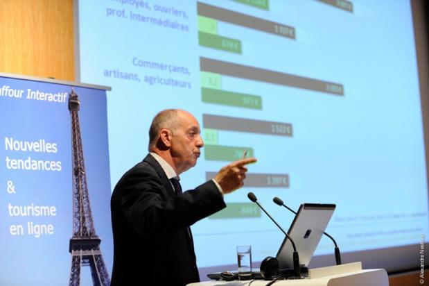 De plus en plus de Français qui sont partis en vacances en 2014 ont préparé leur séjour en ligne (71%) selon le Baromètre E-tourisme Raffour Interactif 2015 - DR : A.Nestora