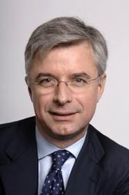 Hubert Joly nommé à la tête du groupe Carlson