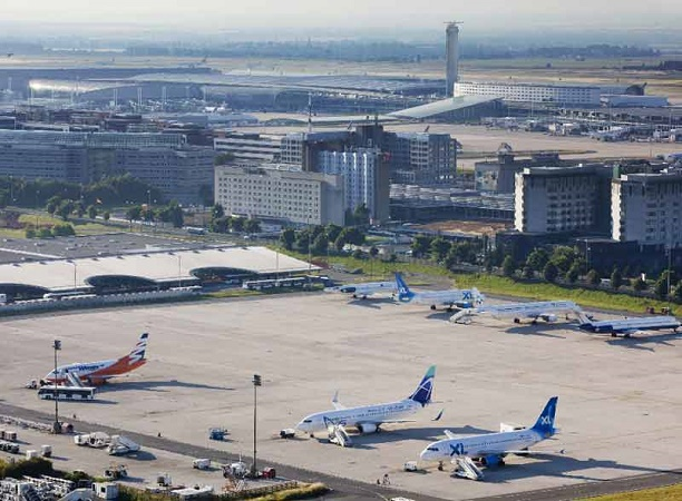 Les aéroports parisiens ont connu plusieurs pics de trafic pendant l'été 2015 - Photo : LUIDER, Emile - LA COMPANY pour Aéroports de Paris
