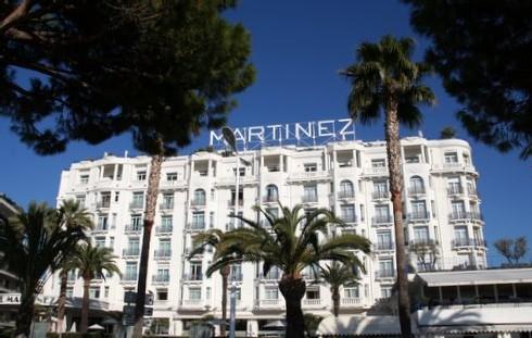Taxer de deux euros les hôtels quatre étoiles afin d'entretenir notre patrimoine ?