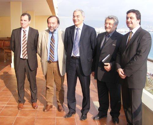 A gauche J.-M. Coppola, pdt du CRT PACA, G. Franco pdt du CRT Riviera Côte d'Azur. A droite C. Cardella, Pdt chambre régionale de commerce et d'industrie PACA et P.-L. Roucaries Pdt de Provence Méditerranée Congrès
