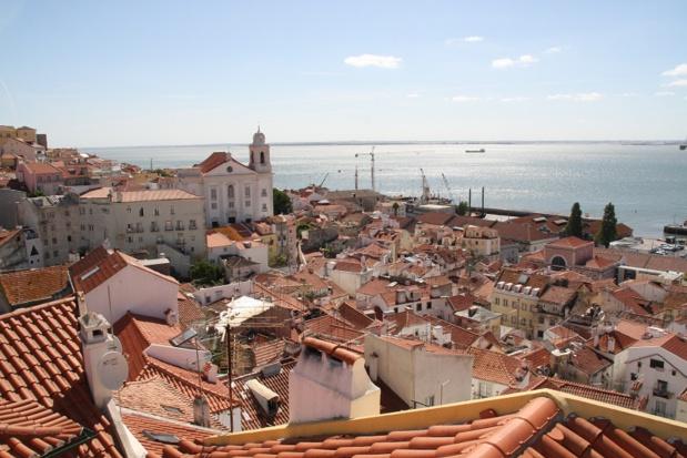 Une virée à Lisbonne, c'est l'occasion de plonger dans une ville populaire, une fille de l'océan aux accents presque méditerranéens, avec une animation de rue permanente - DR : JDL
