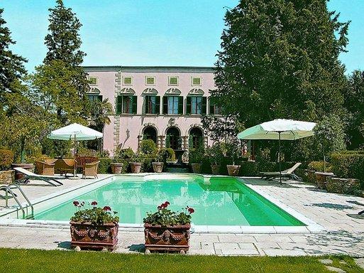 Villa dei Ruscelli dans la campagne toscane