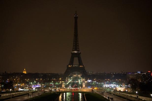 La Tour Eiffel est restée éteinte en signe de deuil - DR : Tour Eiifel
