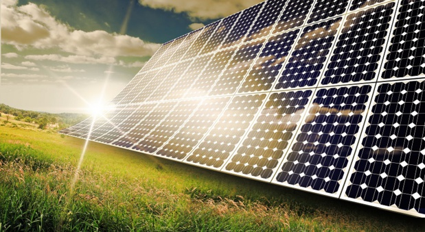 46 000 panneaux solaires alimentent l'aéroport de Cochin en électricité - Photo : Ezume Images-Fotolia.com