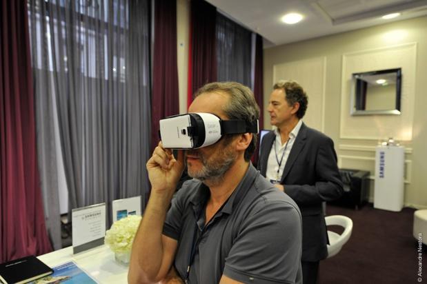 L'objet connecté tendance : les casques de réalité virtuelle - (c) Alexandre Nestora