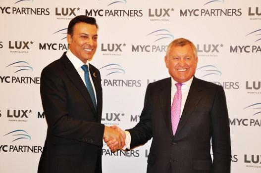 Dr. Akdogan, Président de MYC Partners et Paul Jones, PDG de LUX* Resorts & Hotels - Photo DR