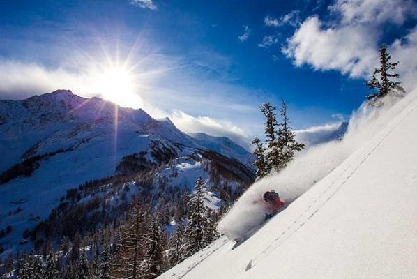 La neige est tombée sur la station de Courmayeur Mont-Blanc Funivie - Photo : Lorenzo Belfrond for Courmayeur Mont Blanc Funivie