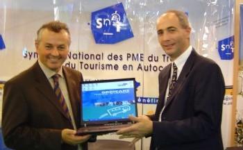 Thierry SCHIDLER (Dte) et Daniel ROBBE, Directeur Commercial de SNO
