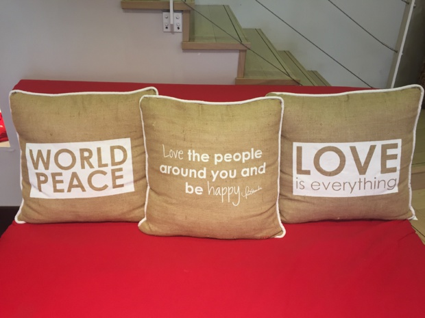 """Peace, Love, World"" Boutique in Cannes"