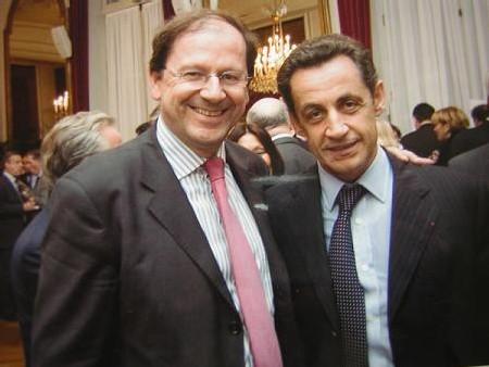 En 2006 lors d'une réunion de parlementaires avec Nicolas Sarkozy
