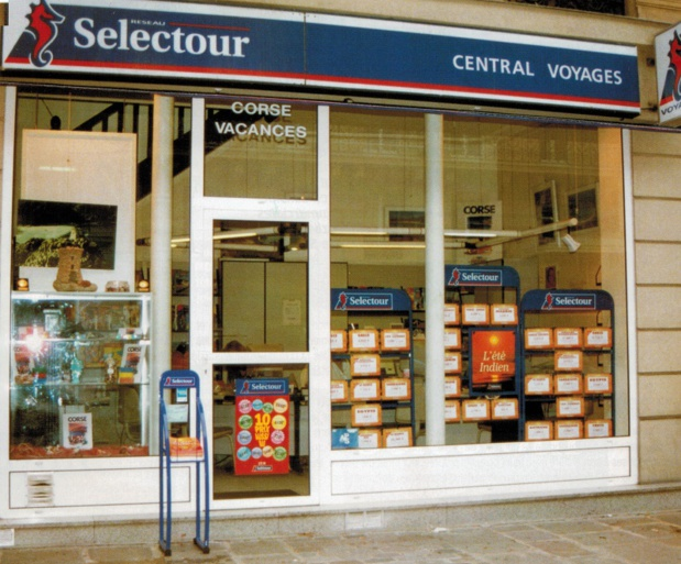 En 1995, Selectour compte près de 400 points de ventes - DR : Selectour