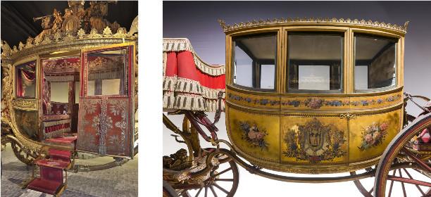 A gauche : carrosse du sacre de Charles X 1825 À droite : berline de mariage de Napoléon Ier © Château de Versailles, C. Fouin