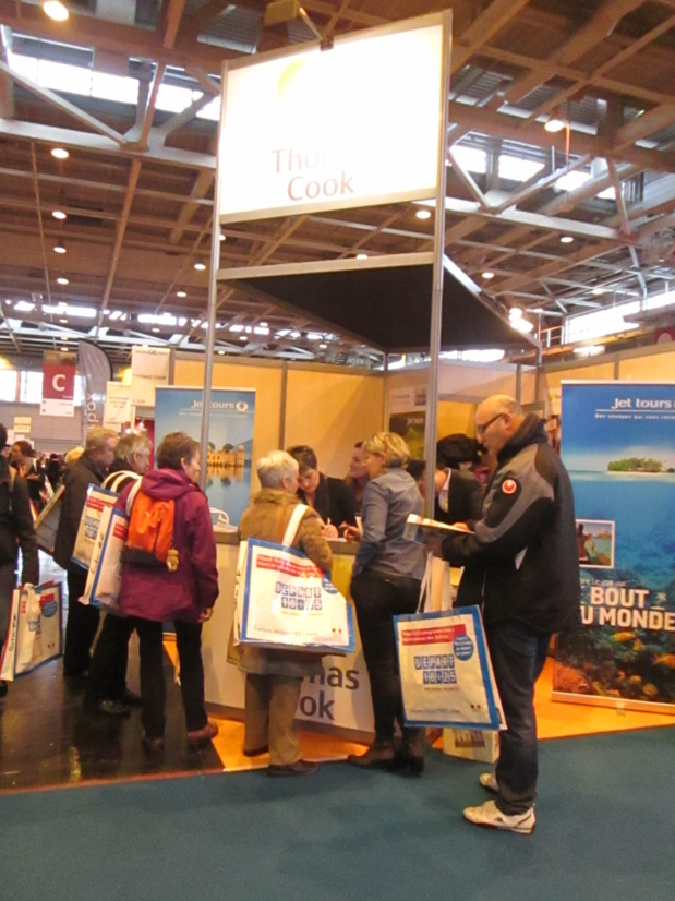 Affluence sur le stand Thomas Cook /Jet tours au dernier SalonsCE Paris. Photo MS