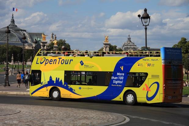 Logo et habillage de bus réalisés en mode participatif - DR : Open Tour