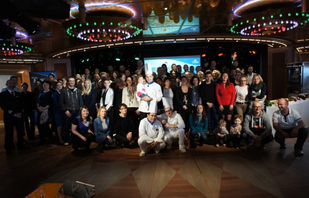 Photo de groupe lors de l'éductour du 19 au 21 mars 2016 à bord du Costa Diadema - Photo CE