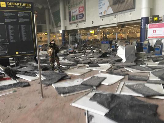 L'aéroport de Bruxelles ne rouvrira pas jeudi 24 mars 2016 - Photo : Twitter @Wardmarkey
