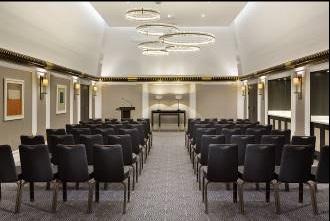 Le Salon Boléro du Hilton Paris Opera peut accueillir jusqu'à 120 personnes sur une surface de 100 m² - Photo : Hilton Paris Opera