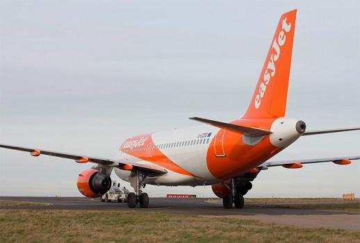 Beaucoup d'avions d'easyJet resteront cloués au sol ce jeudi en raison de la grève des contrôleurs aériens - Photo : easyJet