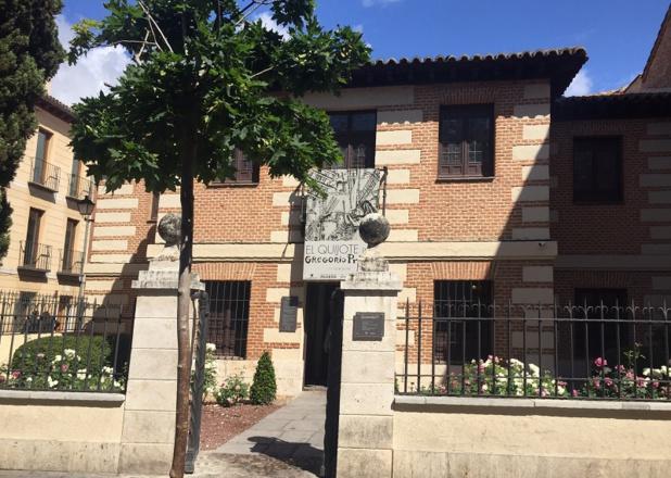 La maison de l'écrivain est une petite demeure en briques, entièrement rénovée. Elle reproduit l'habitat bourgeois de l'époque - DR : J.-P.C.