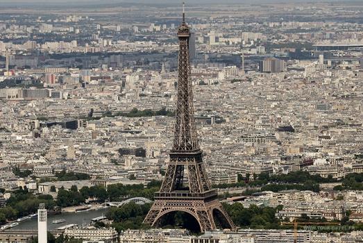 Le mouvement de grève nationale provoque la fermeture de la Tour Eiffel, ce mardi 14 juin 2016 - Photo : Tour Eiffel